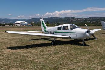 I-BLAE - Private Piper PA-28 Cherokee