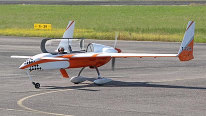 F-PRIS - Private Rutan Long-Ez