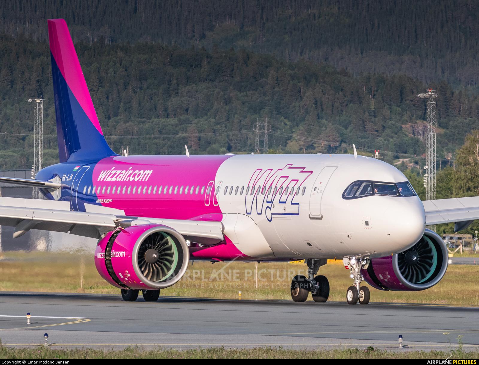 Ha Lja Wizz Air Airbus A320 Neo At Trondheim Vaernes Photo Id 1328921 Airplane Pictures Net