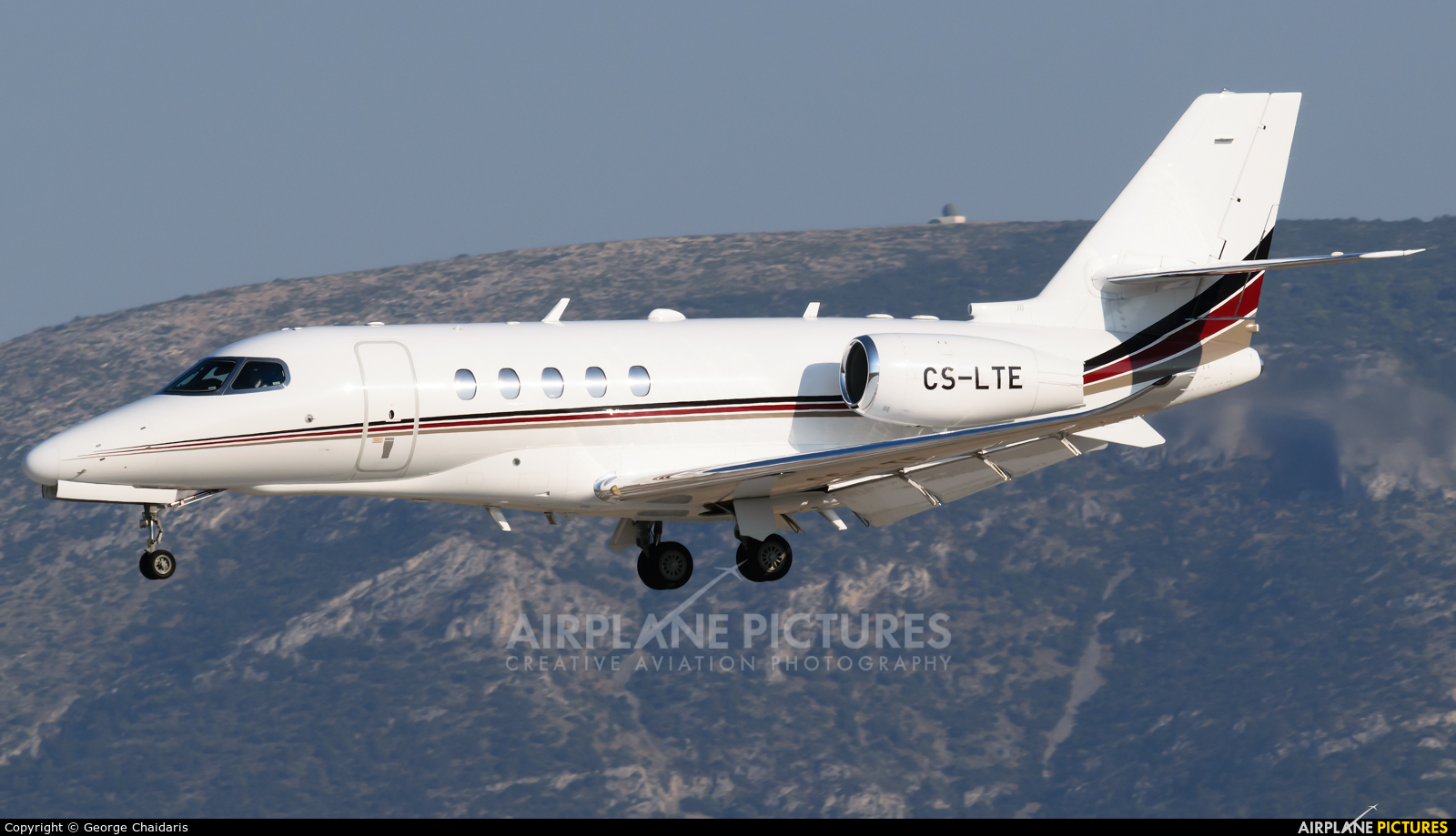 NetJets Europe (Portugal) CS-LTE aircraft at Athens - Eleftherios Venizelos