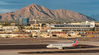 N656AW - American Airlines Airbus A320