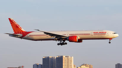 VT-ALM - Air India Boeing 777-300ER