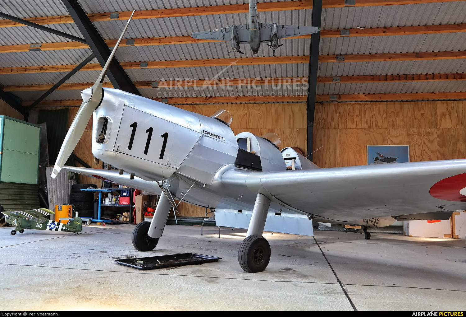 Private OY-FAE aircraft at Holbæk Flyveplads