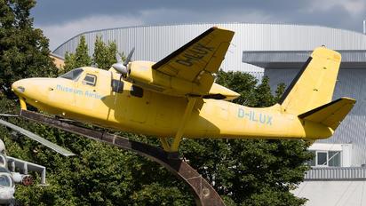 D-ILUX - Private Aero Commander 680FL Grand Commander