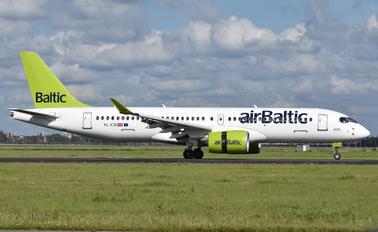 YL-CSI - Air Baltic Bombardier CS300
