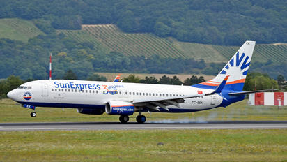 TC-SEK - SunExpress Boeing 737-800