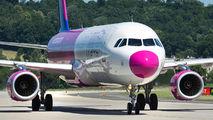 HA-LXT - Wizz Air Airbus A321 aircraft