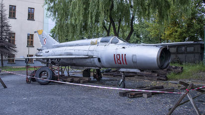 "1811 - Poland - Air Force ""Orlik Acrobatic Group"" Mikoyan-Gurevich MiG-21"