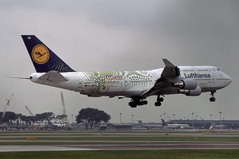 D-ABVK - Lufthansa Boeing 747-400