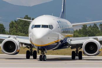 SP-RSH - Ryanair Sun Boeing 737-8AS