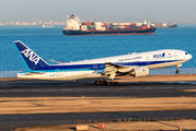 JA717A - ANA - All Nippon Airways Boeing 777-200 aircraft