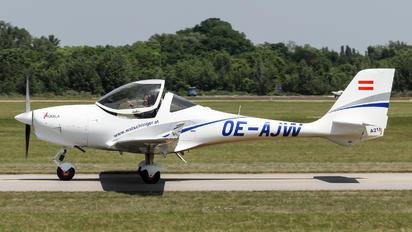 OE-AJW - Flugbetrieb Watschinger Aquila A211
