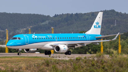 PH-EZU - KLM Cityhopper Embraer ERJ-190 (190-100)