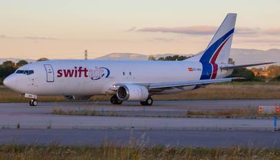 EC-MIE - Swiftair Boeing 737-400
