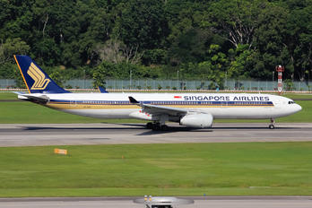 9V-STN - Singapore Airlines Airbus A330-300