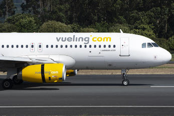 EC-MQE - Vueling Airlines Airbus A320