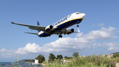 EI-GJT - Ryanair Boeing 737-8AS