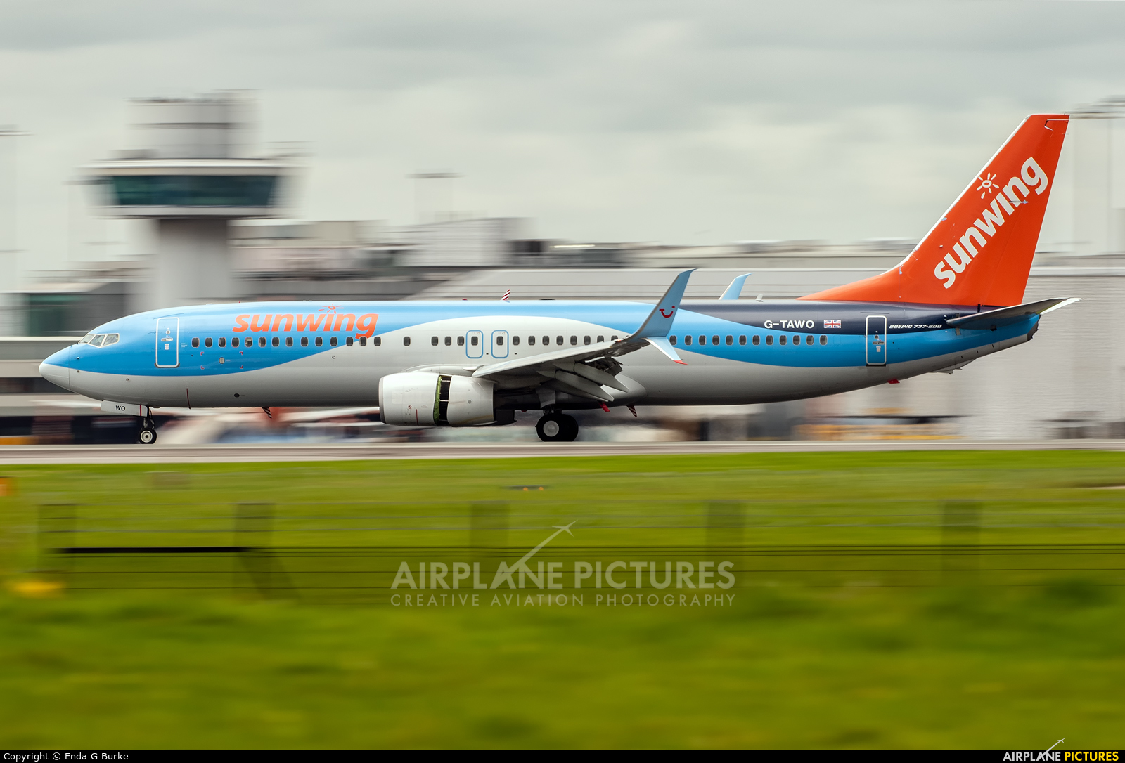 TUI Airways G-TAWO aircraft at Manchester