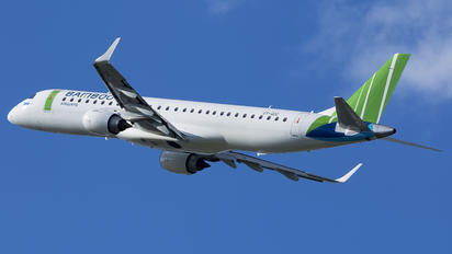 OY-GDC - Bamboo Airways Embraer ERJ-195 (190-200)