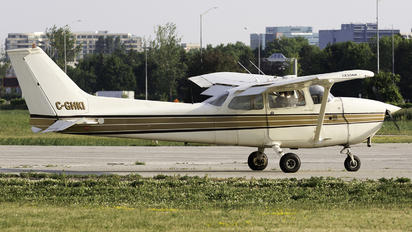 C-GHKI - Private Cessna 172 Skyhawk (all models except RG)