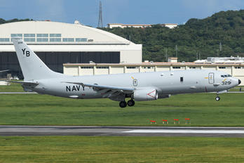 169329 - USA - Navy Boeing P-8A Poseidon