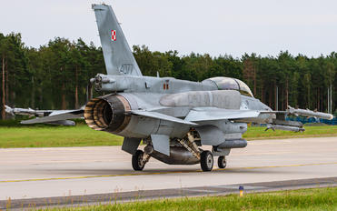 4077 - Poland - Air Force Lockheed Martin F-16D block 52+Jastrząb