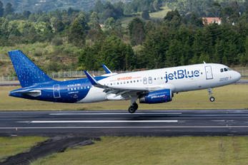 N709JB - JetBlue Airways Airbus A320