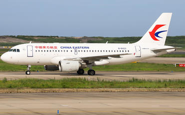 B-6423 - China Eastern Airlines Airbus A319