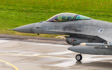 4057 - Poland - Air Force Lockheed Martin F-16C block 52+ Jastrząb