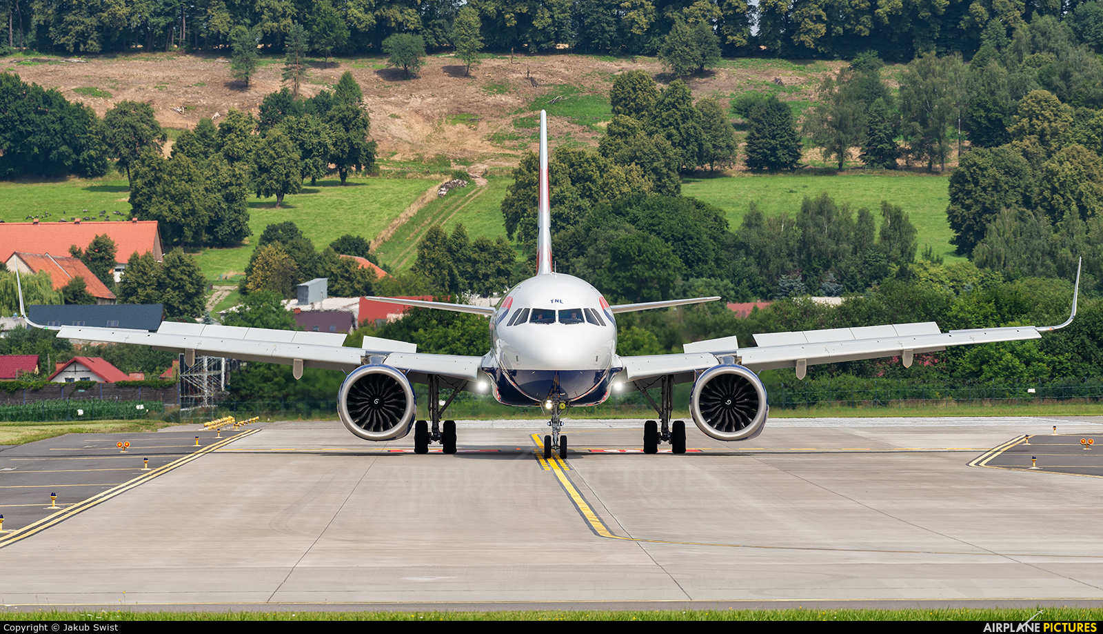 British Airways G-TTNL aircraft at Kraków - John Paul II Intl