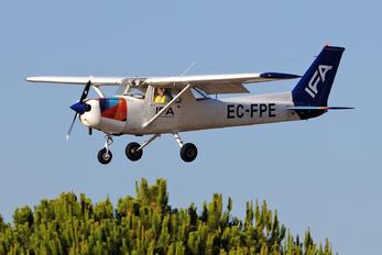 EC-FPE - IFA - Instituto de Formação Aeronáutica Cessna 152