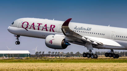 A7-AND - Qatar Airways Airbus A350-1000
