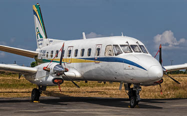 PT-SHU - Private Embraer EMB-110P1