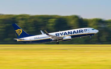 SP-RKQ - Ryanair Sun Boeing 737-8AS
