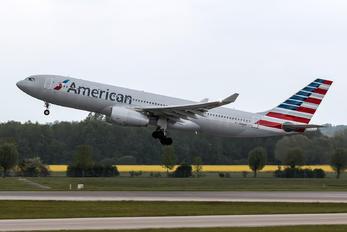 N288AY - American Airlines Airbus A330-200