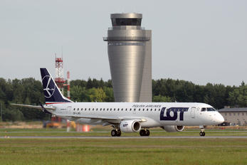 SP-LNG - LOT - Polish Airlines Embraer ERJ-195 (190-200)