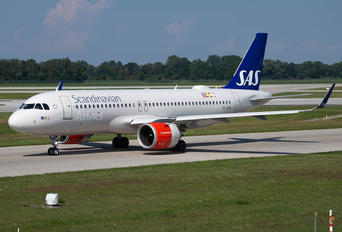 SE-ROS - SAS - Scandinavian Airlines Airbus A320 NEO