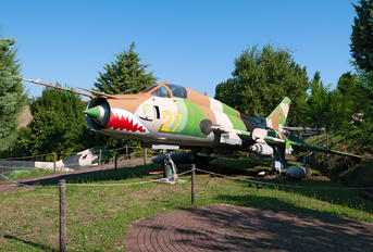 27 - Russia - Air Force Sukhoi Su-22M-4