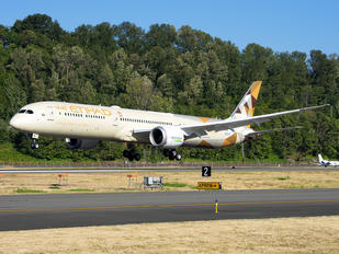 N8572C - Etihad Airways Boeing 787-10 Dreamliner