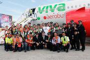 XA-VIV - VivaAerobus - Aviation Glamour - People, Pilot aircraft