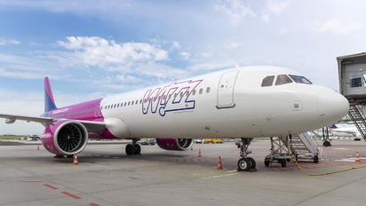 HA-LVA - Wizz Air Airbus A321 NEO