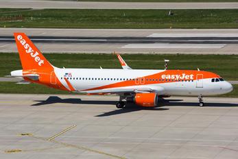 OE-ICS - easyJet Europe Airbus A320