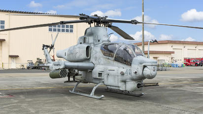 168400 - USA - Marine Corps Bell AH-1Z Viper