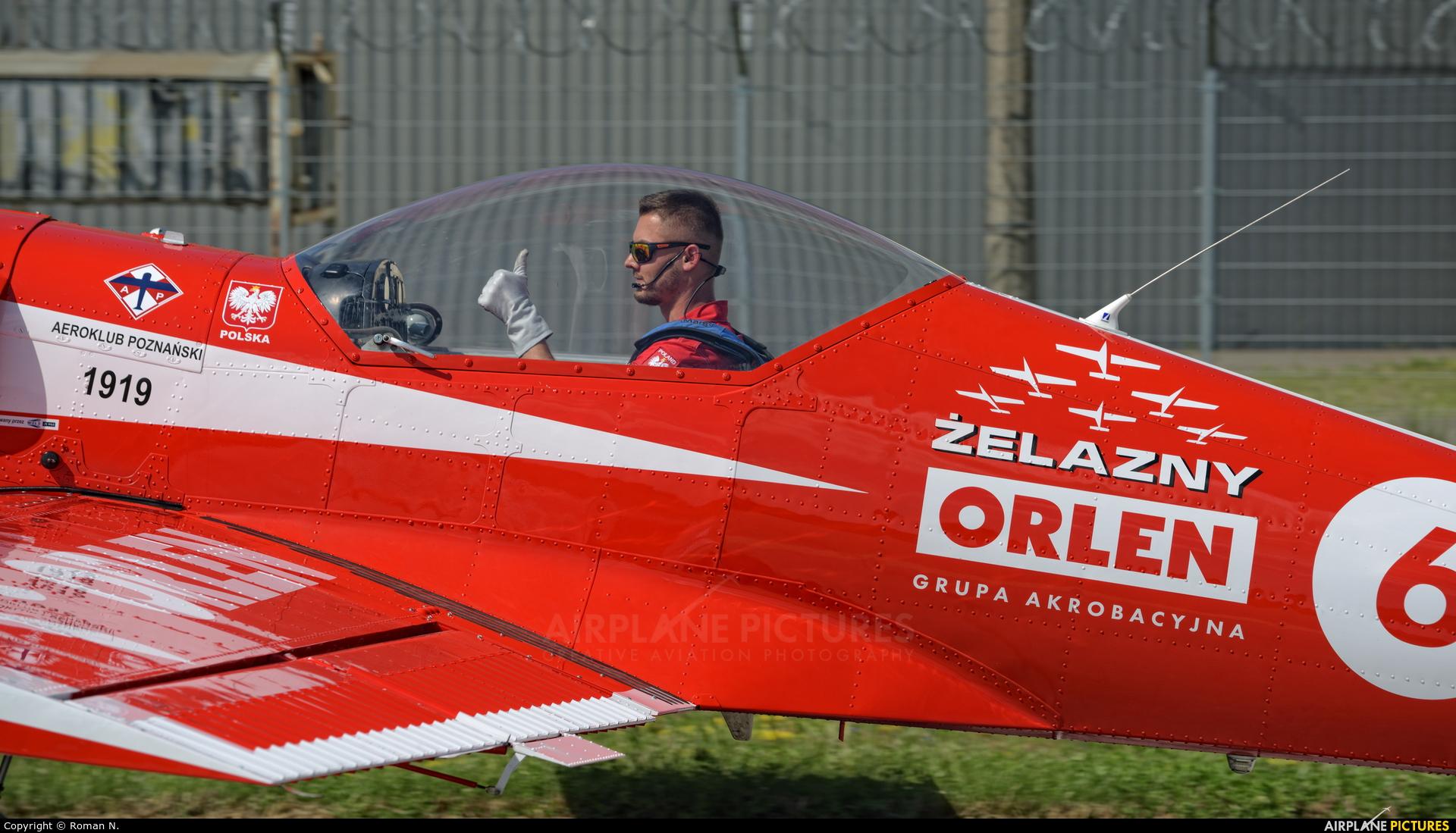 Grupa Akrobacyjna Żelazny - Acrobatic Group SP-AUC aircraft at Bydgoszcz - Szwederowo