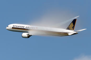9V-SCI - Singapore Airlines Boeing 787-10 Dreamliner