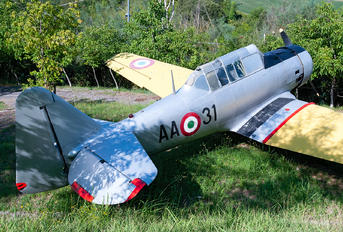 MM53042 - Italy - Air Force North American Harvard/Texan (AT-6, 16, SNJ series)