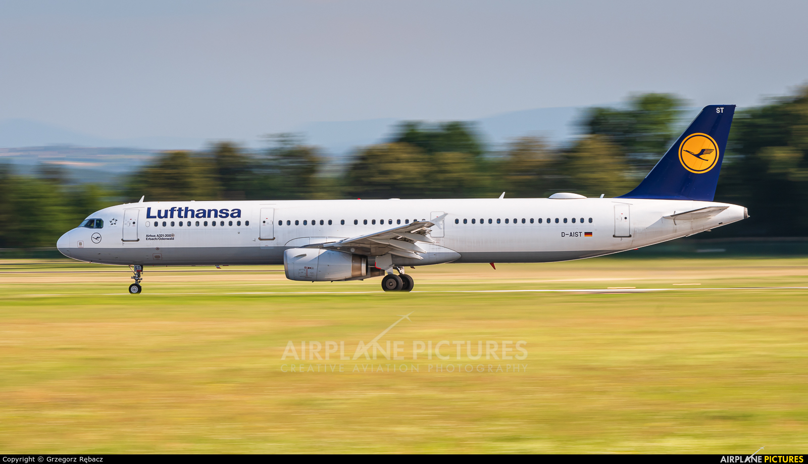 Lufthansa D-AIST aircraft at Kraków - John Paul II Intl