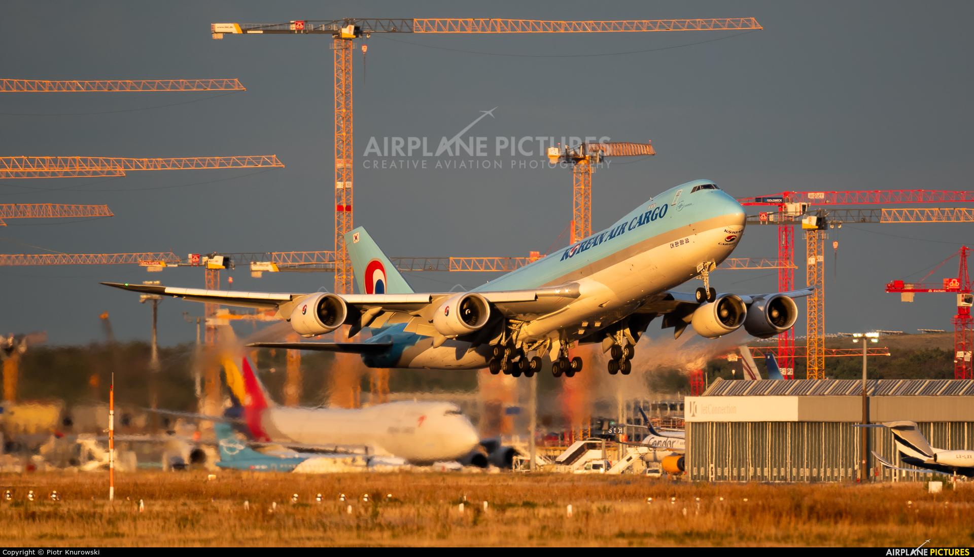 Korean Air Cargo HL7624 aircraft at Frankfurt