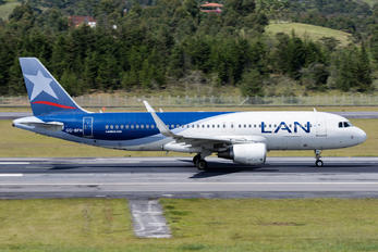 CC-BFH - LAN Airlines Airbus A320