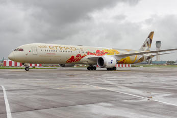 A6-BMD - Etihad Airways Boeing 787-10 Dreamliner